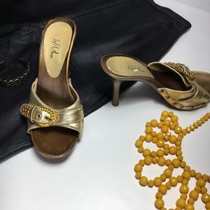 Wild Pair Gold and Bronze Studs Jewels Heels